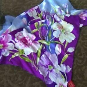 Oscar de la Renta summer silk scarf